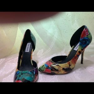 Steve Madden 3 inch heels.Brand new ,never worn.